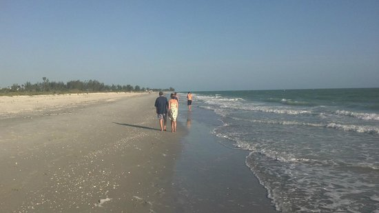 Blind Pass Condominiums:                                     Sanibel Beach at Blind Pass Condominium