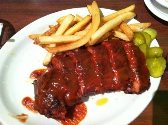 Smokehouse BBQ: ribs