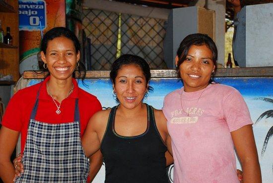 Playa Roca Beach Hotel:                                     The restaurant/bar staff