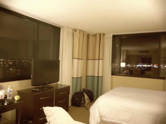 Sheraton Miami Airport Hotel:                   Our room