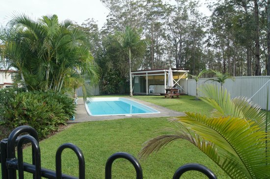 Kempsey Powerhouse Motel: private pool area