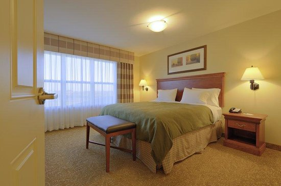 Photo of Country Inn & Suites Grand Forks