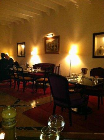 Villa Flore :                   de achterste dinerruimte