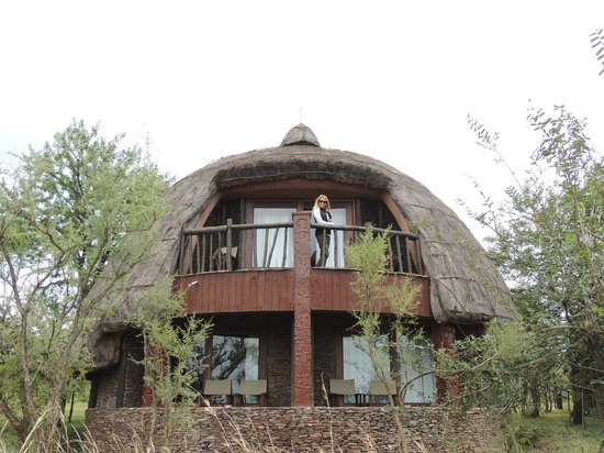 Serengeti Serena Safari Lodge: Second floor balcony