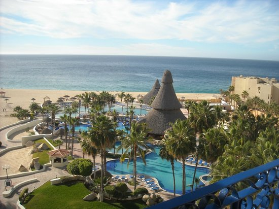 Sandos Finisterra Los Cabos:                   View from the blue Marlin resuarant west