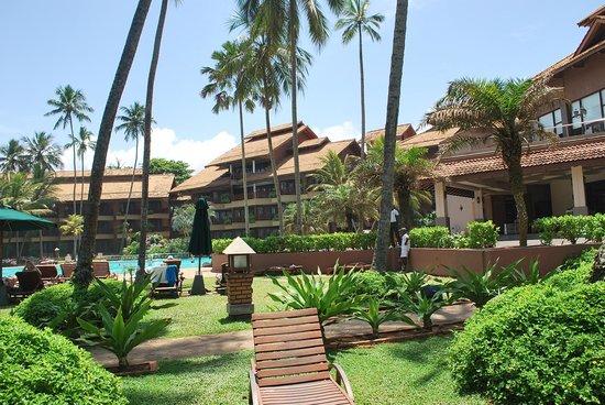 Royal Palms Beach Hotel:                   Royal Palms