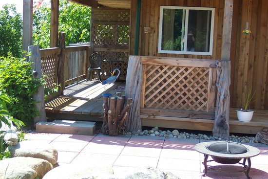 Heron's Rest Bed & Breakfast: Private Courtyard - Heron's Nest