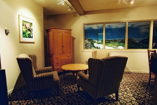 Manning Park Resort: Alpine Meeting Room
