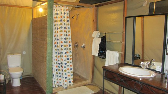 Maramboi Tented Camp:                                     Bathroom