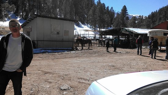 Bonito Stables:                                     loved the sweet horses, I rode Bella