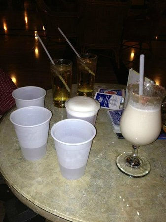 Grand Palladium Palace Resort, Spa & Casino:                   great drinks