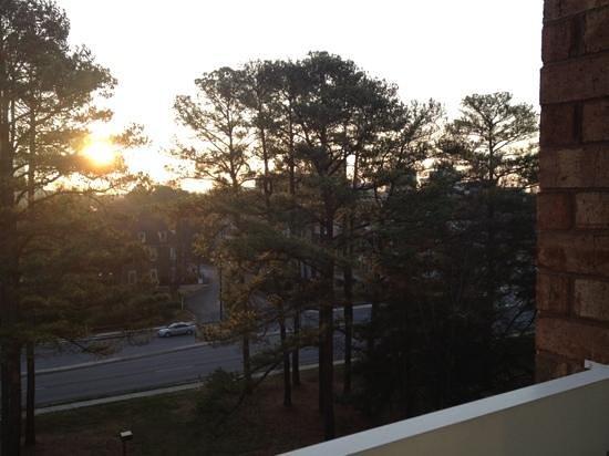Hilton Atlanta Perimeter Suites: View from sixth floor balcony