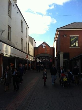 Hillstreet Shopping Centre