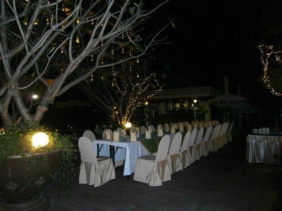 The Park Hotel:                   repas très agréable ;dans ce beau décor .