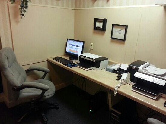 Hampton Inn Las Vegas/Summerlin : small business room