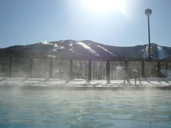 Killington Grand Resort Hotel:                   view of slopes from pool