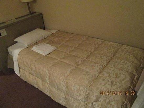 Kazusaya Hotel :                   ベッド