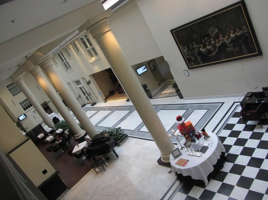 NH Collection Amsterdam Barbizon Palace:                   Lobby/Restaurant