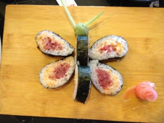 Koto Japanese Steakhouse:                                     Our pretty & very yummy Spicy Tuna Roll