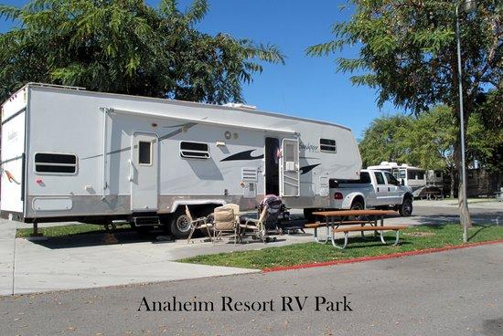 Anaheim RV Park:                   ANAHEIM RESORT RV PARK
