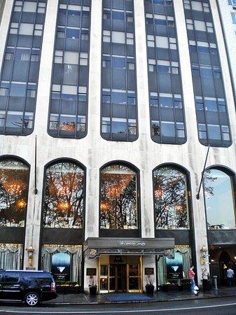Park Lane Hotel: Outside