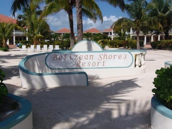 Belizean Shores Resort:                                     entrada