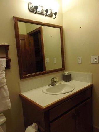 Belizean Shores Resort:                                     baño