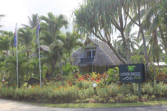 لاجون بريز فيلاز:                   Lagoon Breeze Villas                 