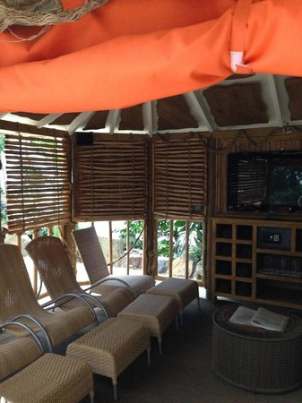 Center Parcs Sherwood Forest: Inside the cabana