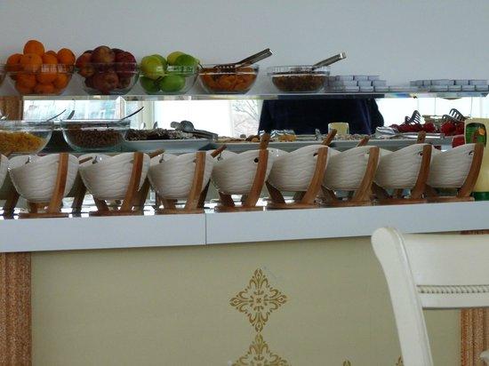 فندق وايت هاوس إسطنبول:                   Breakfast presentation                 