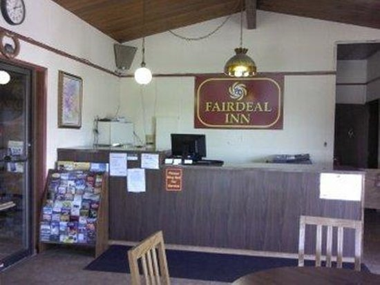 Knights Inn Boardman : Frontdesk