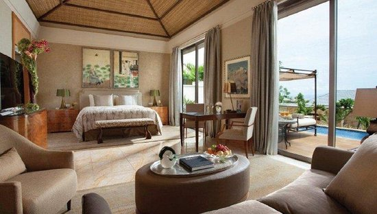 Mulia Villas : Family Villa Master Bedroom
