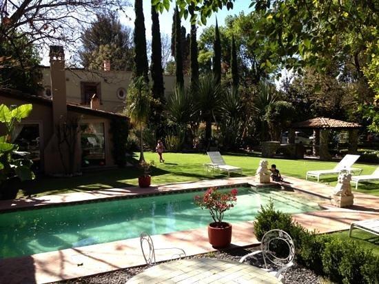 Antigua Villa Santa Monica:                   Suite Santiago junto a la alberca