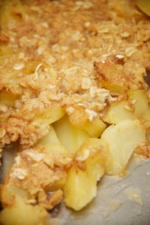 Thee Abbey Kitchen: Our delicious homemade apple crisp 573-546-4249