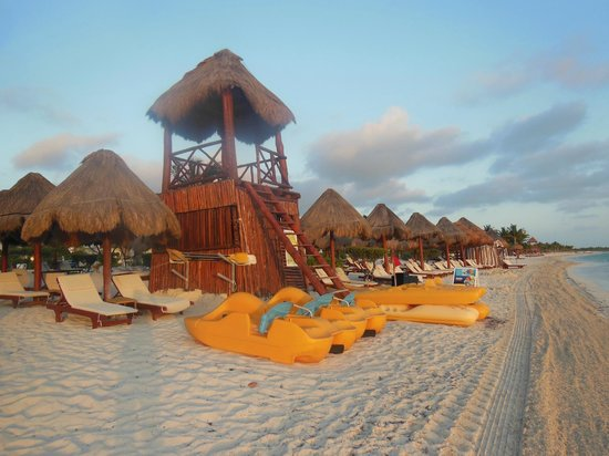 Beloved Playa Mujeres:                   Beach