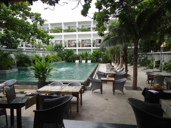 Exotic Voyages:                   Plantation Hotel, Phnom Penh