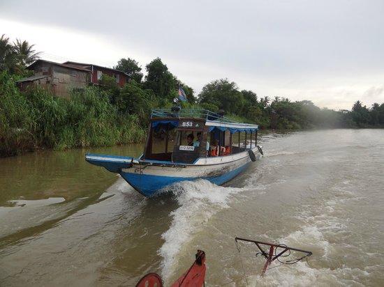 Exotic Voyages:                   Sangke River Boat