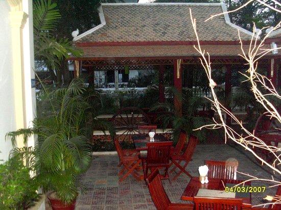 Casa Angkor Hotel:                                     Hotel breakfast area.