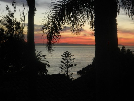 Casa Laguna Hotel & Spa:                   sunset from our private terrace