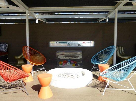 El Dorado Scottsdale:                                     Courtyard