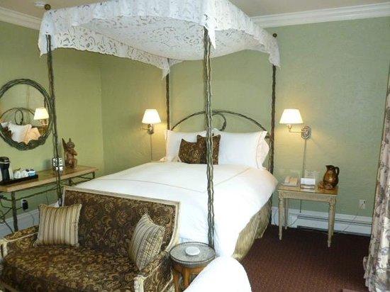 Inn at Depot Hill: Portafino Room