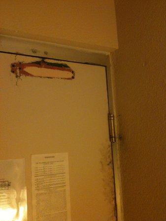 Clarion Inn: Room Door
