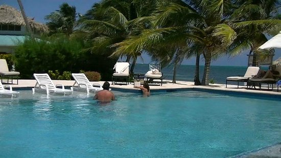 Victoria House Resort & Spa:                   The pool with beach beyond