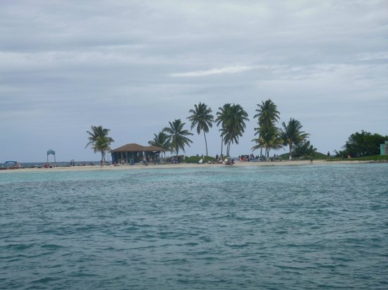 Picture Of Belize Cruise Excursions Goff S Caye Beach And Snorkeling Tour Belize City