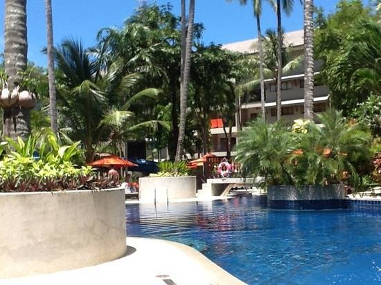 Novotel Phuket Surin Beach Resort.:                   Pool area