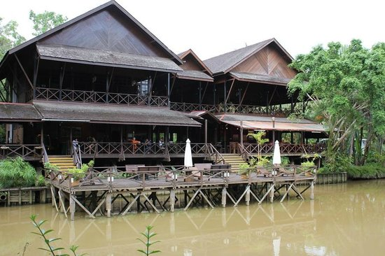 Sepilok Nature Resort:                   Restaurant