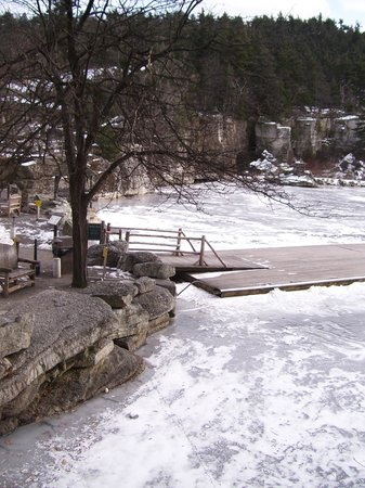 Mohonk Mountain House: Dock