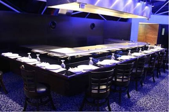 360 Degrees Restaurant:                   teppan yaki bar
