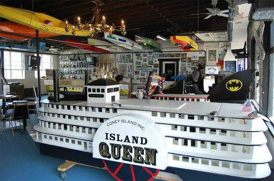 New Richmond, OH :                   World's only museum dedicated to the art of building and racing vessels made c