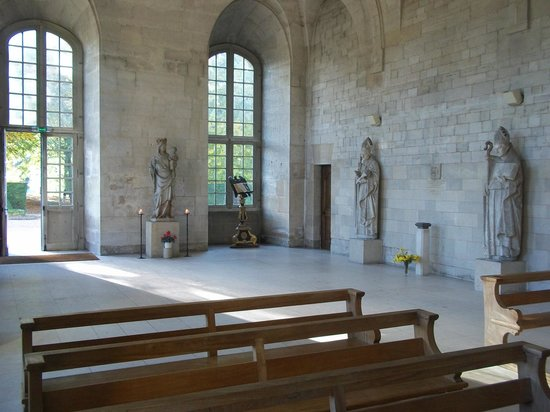 Abbey of Bec-Hellouin: A l'intérieur de l'église , superbe !